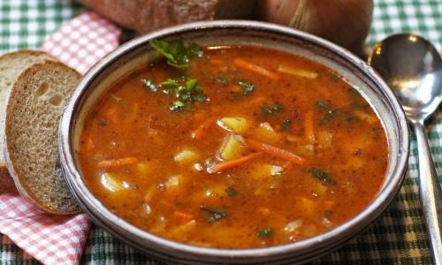 Суп назван вредным для пищеварения продуктом