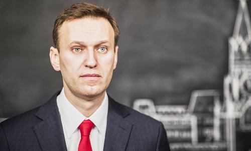 Навальный пожаловался, что его постоянно раздевают и снимают на видео в тюрьме