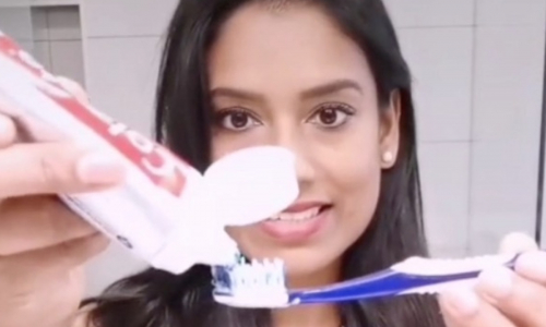Врач разоблачила миф из рекламы о правильном количестве зубной пасты