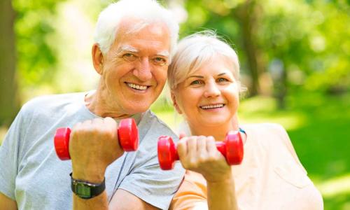 Здоровое старение: два изменения в образе жизни, которые увеличат шансы на долголетие
