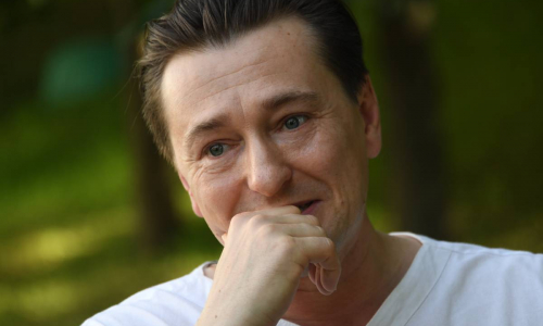 Под наблюдением врачей: Сергея Безрукова госпитализировали с опасной болезнью