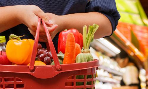 Эксперт назвал самые полезные, но дешевые продукты